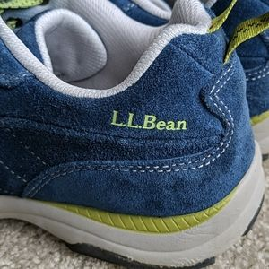 LL Bean blue sneakers 9